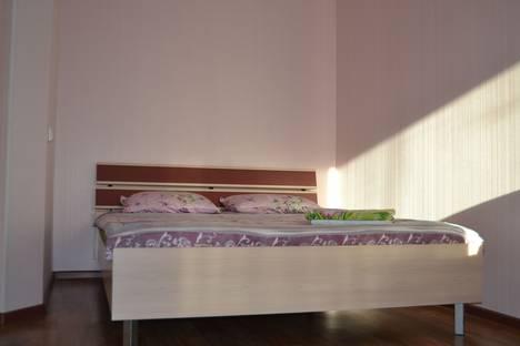 Сдается 1-комнатная квартира посуточно в Новосибирске, улица Троллейная, 14.
