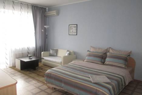 Сдается 1-комнатная квартира посуточнов Волжском Утёсе, ул.Тополиная 9а.
