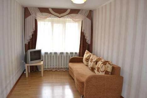 Сдается 1-комнатная квартира посуточно в Шахтах, пр. Победа Революции, 128Б.