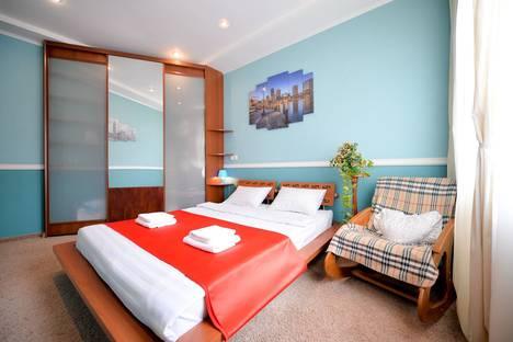 Сдается 2-комнатная квартира посуточно в Челябинске, проспект Ленина, 30.