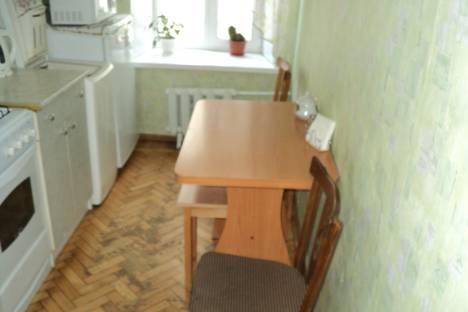 Сдается 2-комнатная квартира посуточнов Санкт-Петербурге, Астраханская улица 18.
