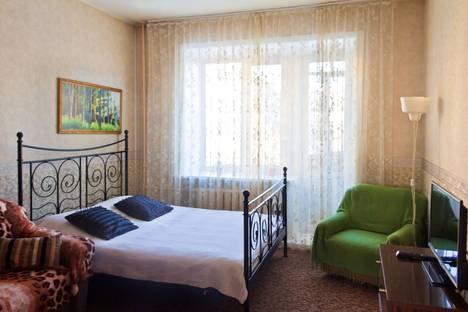 Сдается 2-комнатная квартира посуточнов Екатеринбурге, проспект Ленина, 48.