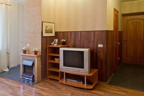 Сдается 3-комнатная квартира посуточнов Екатеринбурге, улица Сакко и Ванцетти, 48.