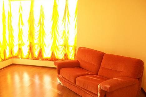 Сдается 2-комнатная квартира посуточно в Анапе, улица Ленина, 15.