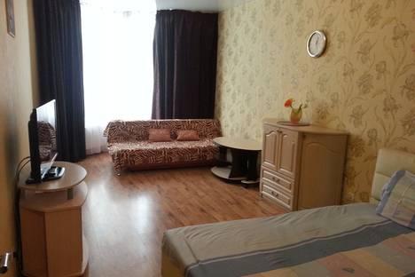 Сдается 1-комнатная квартира посуточнов Екатеринбурге, улица Бажова 68.
