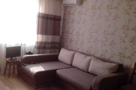 Сдается 2-комнатная квартира посуточно в Партените, ул.Победы 11.
