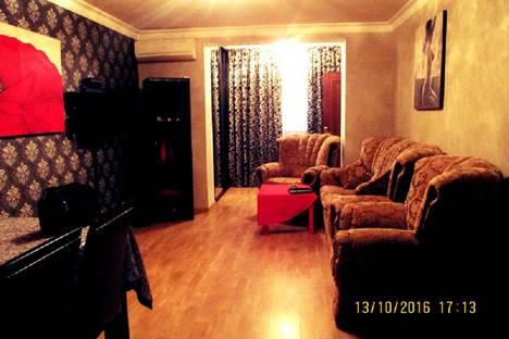 Сдается 2-комнатная квартира посуточно в Баку, улица Дилара Алийева 243.