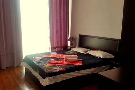 Сдается 2-комнатная квартира посуточно в Актау, микрорайон 17, дом 7.