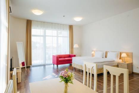 Сдается 1-комнатная квартира посуточнов Сочи, улица Парусная, 11.