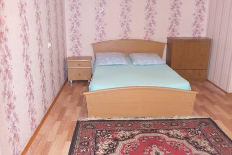 Сдается 2-комнатная квартира посуточно в Кургане, улица Пролетарская, 42.
