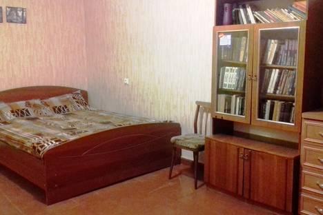 Сдается 1-комнатная квартира посуточно в Петрозаводске, Октябрьский район, ул. Грибоедова, д.6.