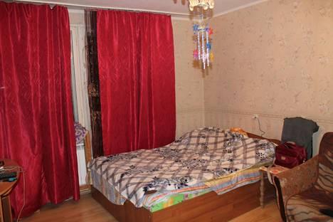 Сдается 1-комнатная квартира посуточнов Санкт-Петербурге, бульвар Трудящихся 8.