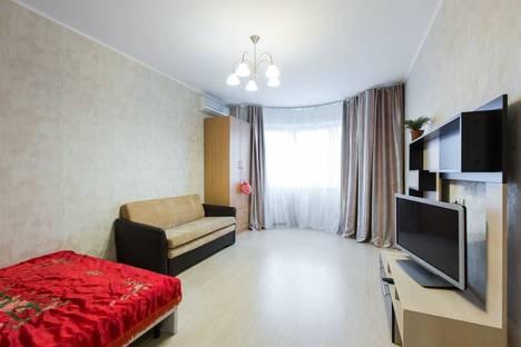 Сдается 1-комнатная квартира посуточно в Одинцове, ул. Чистяковой, 40.