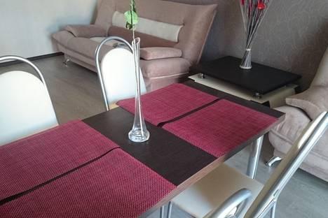 Сдается 2-комнатная квартира посуточно в Анапе, улица Горького, 58.