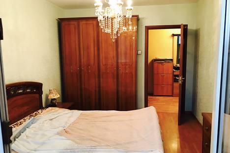 Сдается 3-комнатная квартира посуточнов Мытищах, ул. Шараповская, 2к2.