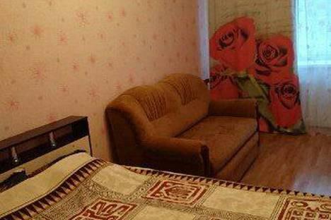 Сдается 1-комнатная квартира посуточно в Кировске, Юбилейная улица д. 12.