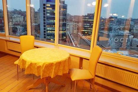 Сдается 2-комнатная квартира посуточно в Днепре, Днепропетровская область,улица Глинки, 2.