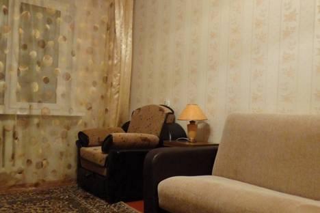 Сдается 2-комнатная квартира посуточно в Орле, октябрьская 62.