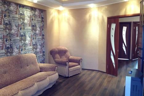 Сдается 3-комнатная квартира посуточно, ул. Танкиста Александрова д.4.