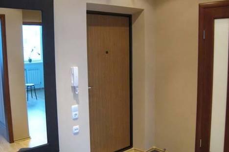 Сдается 1-комнатная квартира посуточнов Кирове, ульяновская 16.