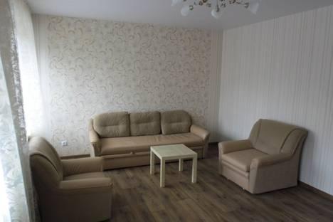 Сдается 4-комнатная квартира посуточно в Казани, Шаляпина 25.