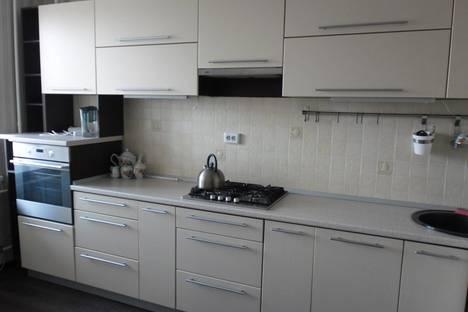 Сдается 2-комнатная квартира посуточнов Казани, Чистопольская 74.