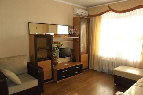Сдается 1-комнатная квартира посуточнов Казани, Гвардейская, 40.