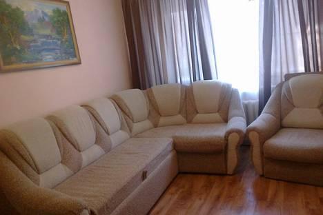 Сдается 1-комнатная квартира посуточнов Астрахани, 1 Перевозная 135.