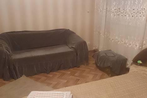 Сдается 2-комнатная квартира посуточнов Астрахани, ул. Студенческая д7.
