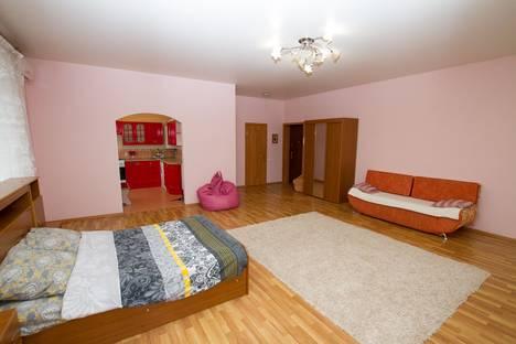Сдается 1-комнатная квартира посуточнов Саратове, улица Мичурина, 47.