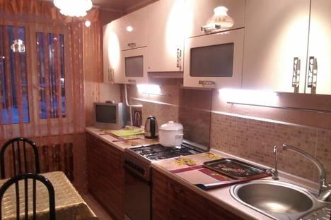 Сдается 2-комнатная квартира посуточнов Абзаково, улица Н.Крупской, 54.