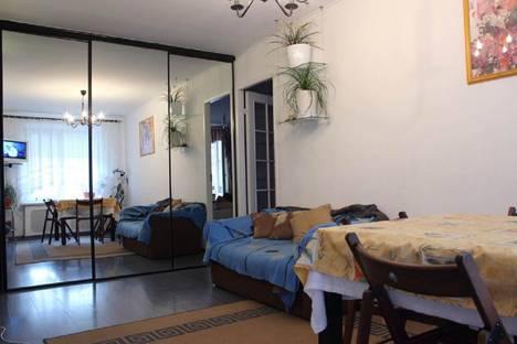 Сдается 1-комнатная квартира посуточнов Санкт-Петербурге, улица Стахановцев, 5.