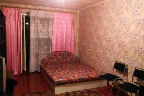 Сдается 1-комнатная квартира посуточно, улица Краснодонцев, 80.