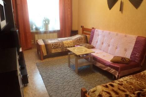 Сдается 2-комнатная квартира посуточно в Прокопьевске, Ноградская улица, 13.