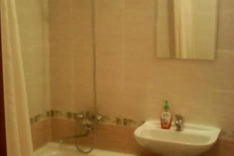 Сдается 1-комнатная квартира посуточнов Жанаозене, 1 мкр 30 дом.