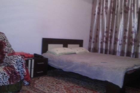 Сдается 2-комнатная квартира посуточнов Жанаозене, 4 мкр 11 дом.