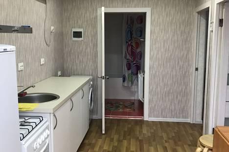 Сдается 2-комнатная квартира посуточно в Ейске, Морская 170.