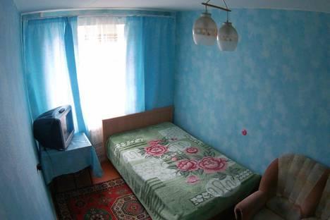 Сдается 3-комнатная квартира посуточно в Новотроицке, улица Советская, 136.