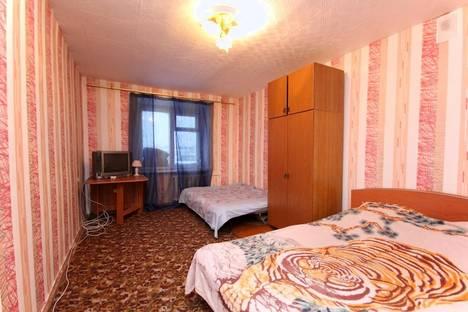 Сдается комната посуточнов Екатеринбурге, улица Мамина-Сибиряка 10.