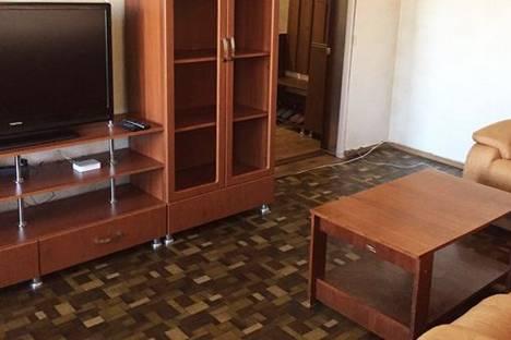 Сдается 3-комнатная квартира посуточно в Пятигорске, ул. Адмиральского, 2.