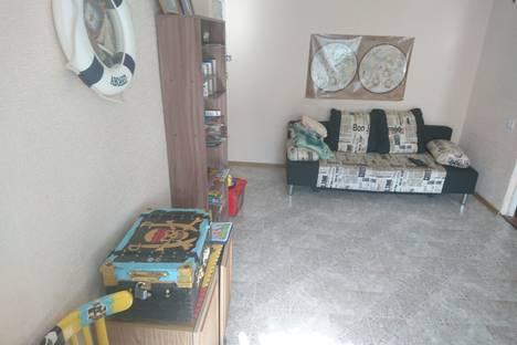 Сдается 2-комнатная квартира посуточно в Туле, улица Фрунзе, 24.