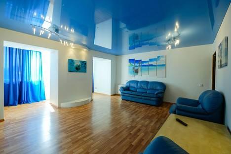 Сдается 3-комнатная квартира посуточно в Томске, улица Нахимова, 15.