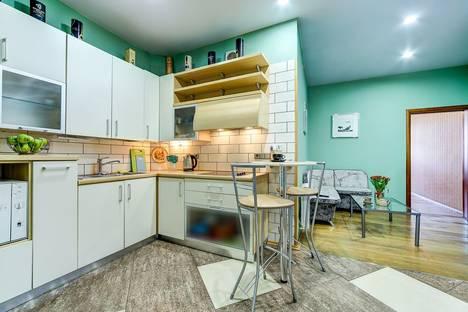 Сдается 2-комнатная квартира посуточнов Санкт-Петербурге, Невский пр., 146.