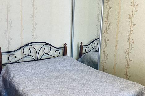 Сдается 1-комнатная квартира посуточно в Хабаровске, улица Шеронова, 127.