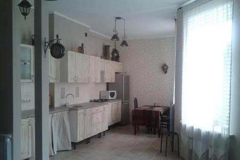 Сдается 2-комнатная квартира посуточнов Санкт-Петербурге, Кирилловская улица, 6.