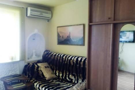 Сдается 1-комнатная квартира посуточно в Гаспре, ул.Маратовская,20.