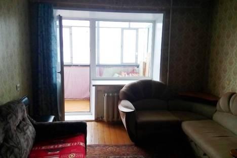 Сдается 2-комнатная квартира посуточно в Нижнем Тагиле, улица Красногвардейская, 8А.