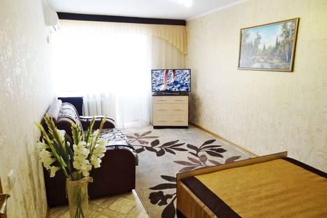 Сдается 1-комнатная квартира посуточно в Феодосии, Федько 45.