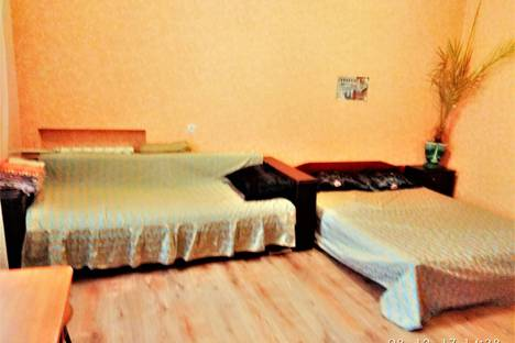 Сдается 1-комнатная квартира посуточно в Могилёве, улица Карла Маркса 28.