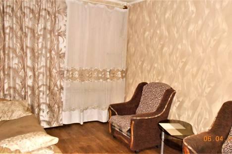 Сдается 1-комнатная квартира посуточно, проспект Мира 25.